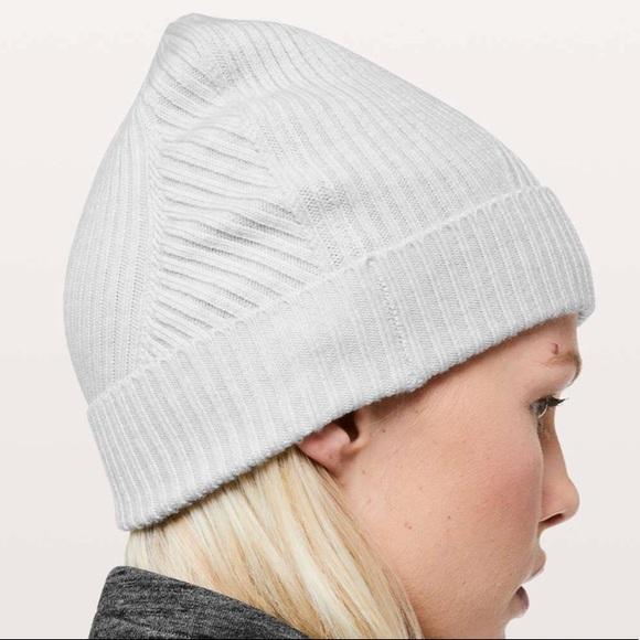 2b594123c Lululemon Twist Of Cozy Knit Beanie NWT